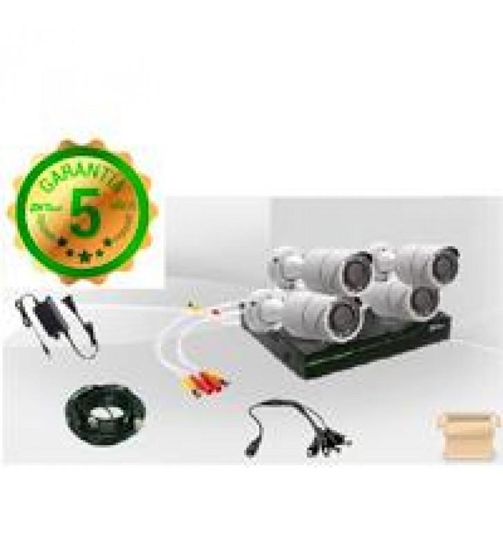 KIT ZK DE CCTV / INCLUYE DVR DE 4 CANALES 1080 / 4 CAMARAS METALICAS 720 / P2P / ANGULO DE VISION 92