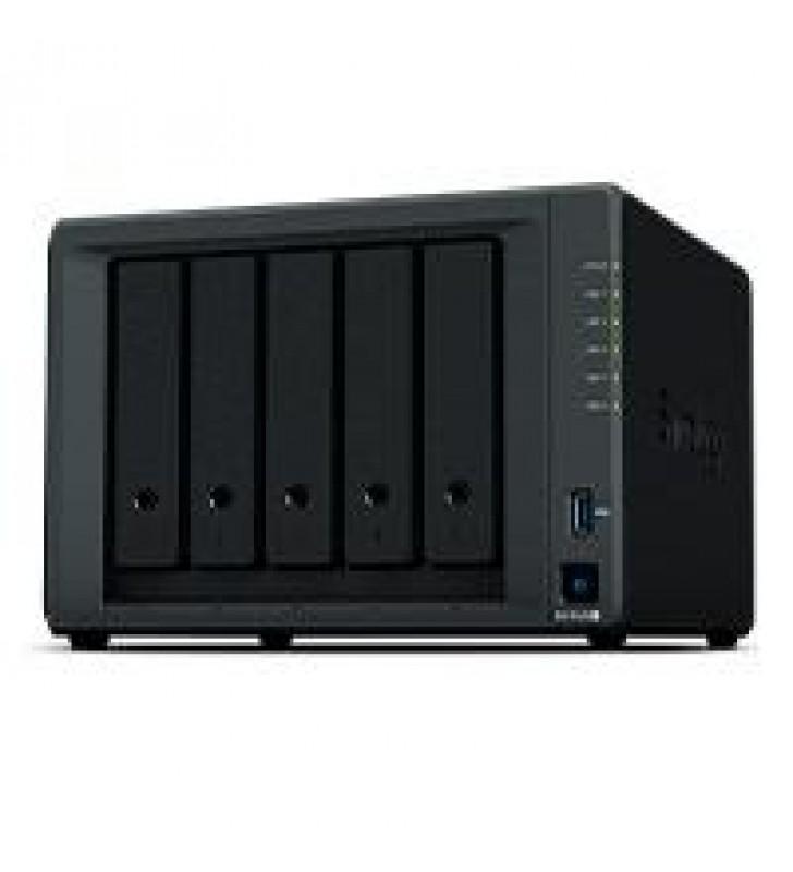 NAS SYNOLOGY DS1520 / 5 BAHIAS/ NCLEO CUADRUPLE 2.0GHZ/8 GB DDR4/LAN GIGABIT X4/USB 3.0 X2/ HASTA 80