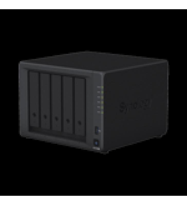 SERVIDOR NAS DE ESCRITORIO DE 5 BAHIAS / EXPANDIBLE A 15 BAHIAS / HASTA 256TB / 8GB DE RAM
