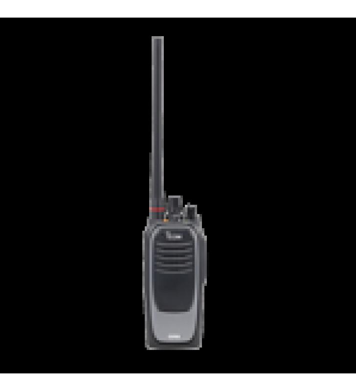 RADIO DIGITAL NXDN SIN PANTALLA EN LA BANDA DE UHF, RANGO DE FRECUENCIA 380-470MHZ, SUMERGIBLE IP68, CON ENCRIPTACION DES, GPS,  BLUETHOOTH, GRABADOR DE VOZ, 32 CANALES. NO INCLUYE CARGADOR NI ANTENA.