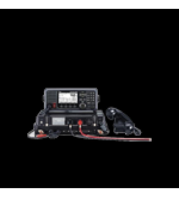 RADIO MOVIL MARINO EN LA BANDA DE MF/HF, CUMPLE CON GMDSS BAJO EL REQUERIMIENTO DE SOLAS, PANTALLA DE 4.3 PULGADAS. INCLUYE MICROFONO Y KIT DE MONTAJE.