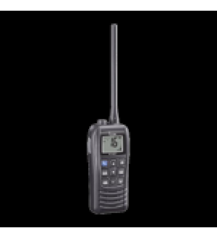 RADIO PORTATIL MARINO, 6W, RANGO DE FRECUENCIA TX:156.025-157.425MHZ, RX:156.050-163.275MHZ, SUMERGIBLE IPX7, INCLUYE: BATERIA, CARGADOR, ANTENA Y CLIP.