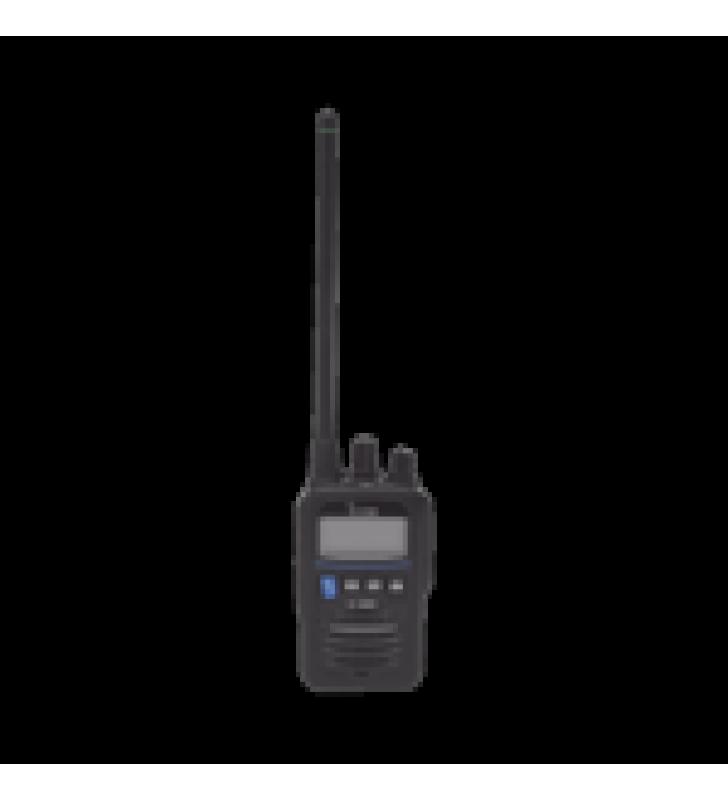 RADIO PORTATIL MARINO Y COMERCIAL EN VHF INTRINSECAMENTE SEGURO (IS). INCLUYE LOS CANALES USA, INT, CAN, Y DEL CLIMA